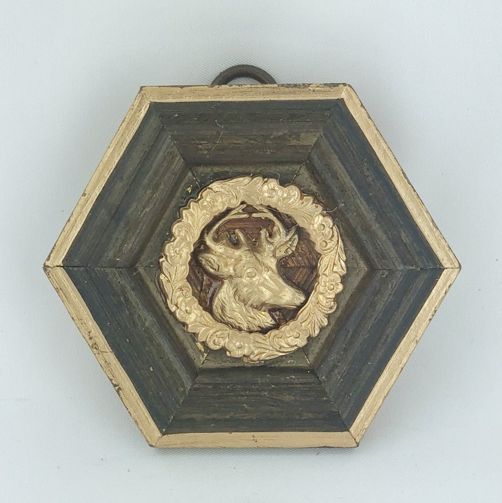 Museum Bee - Wooden Frame with Stag