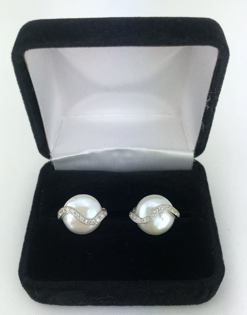 Estate Collection Vintage YVEL Diamonds &  Pearl set in 18K White Gold Clip On Earrings