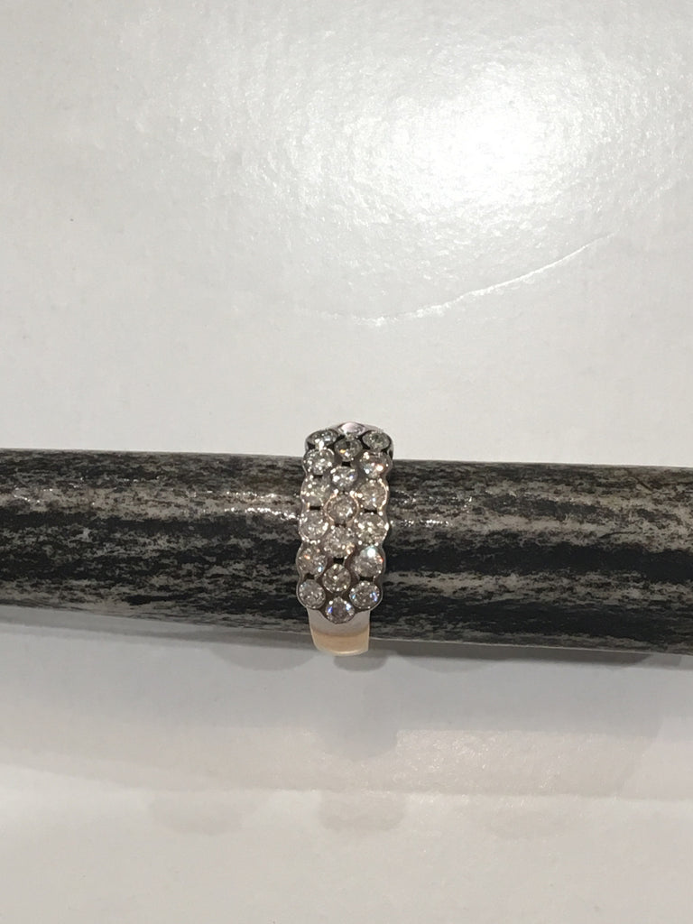 Estate Collection 9ct Gold and Brilliant Cut Diamond Ring
