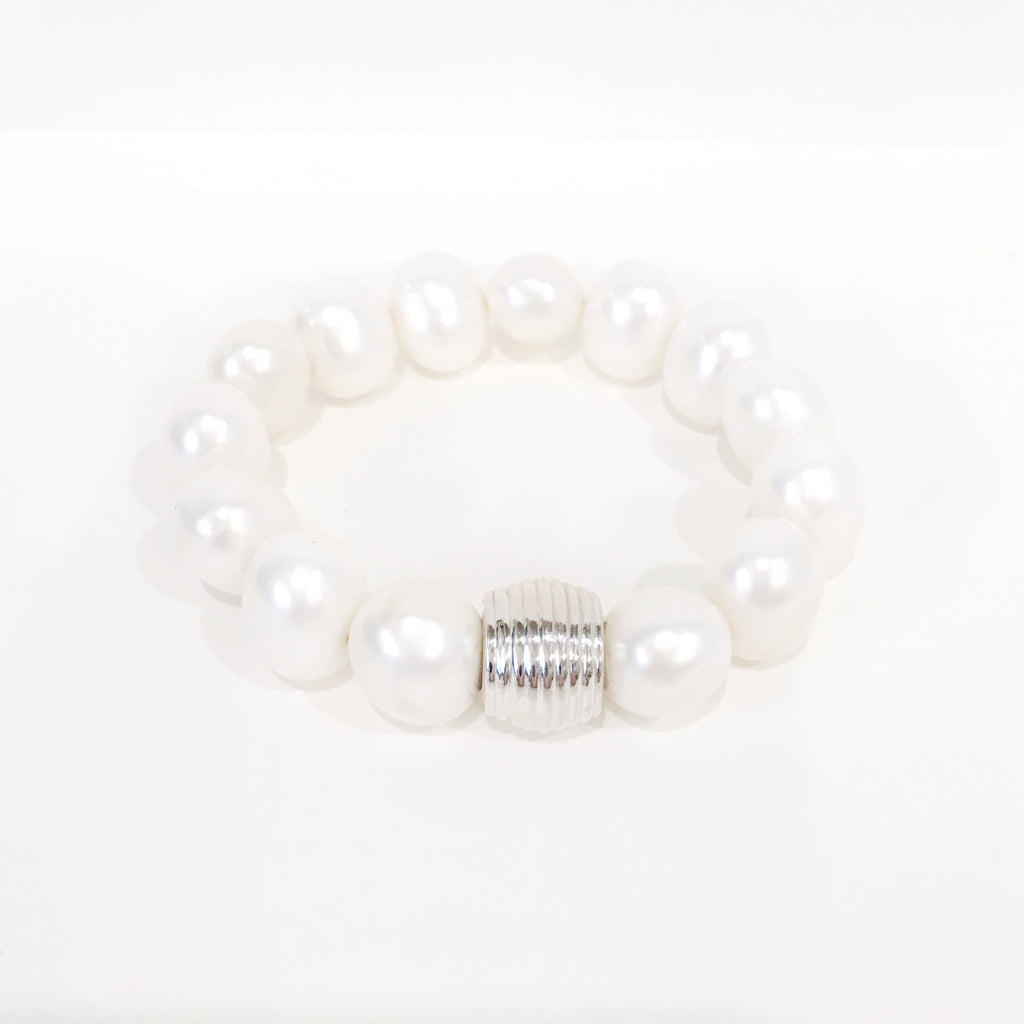 Bracelet - Medium Pebble Pearl w/Sterling Silver Bead Accent