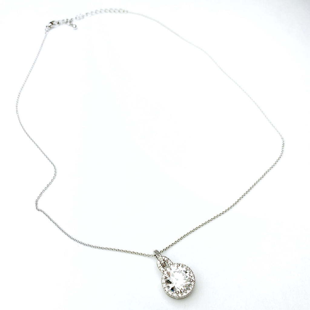 Silver Necklace w/Pave Outlined Round Pendant