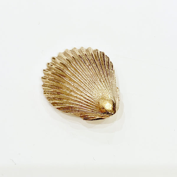 Estate Collection Charm - 14K Yellow Gold Clam Shell