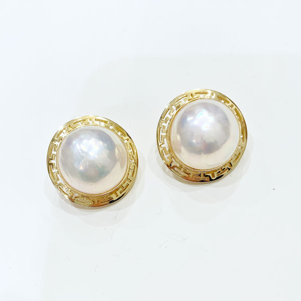 Estate Collection Earrings - 14K Yellow Gold w/18MM Mabe Pearls