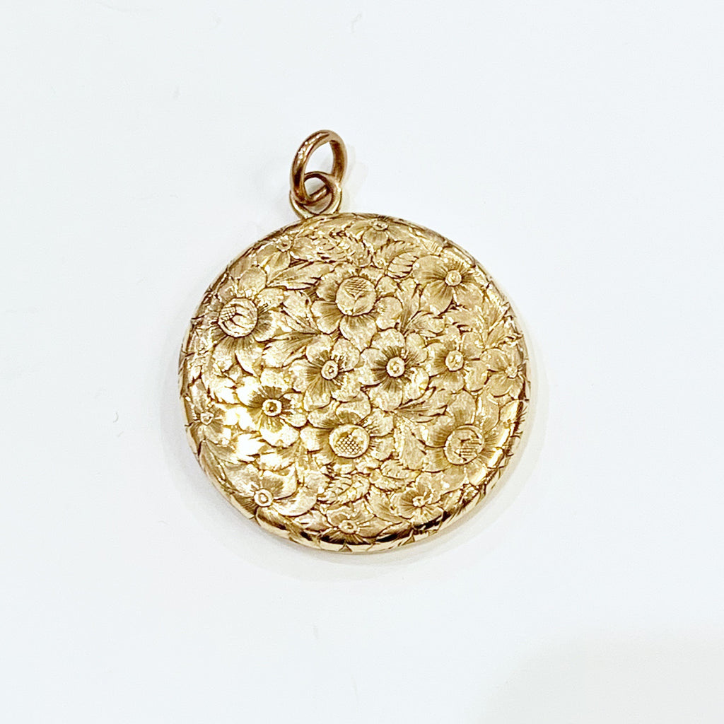 "Estate Collection Locket Victorian 14K Gold w/Engraving ""MD"""