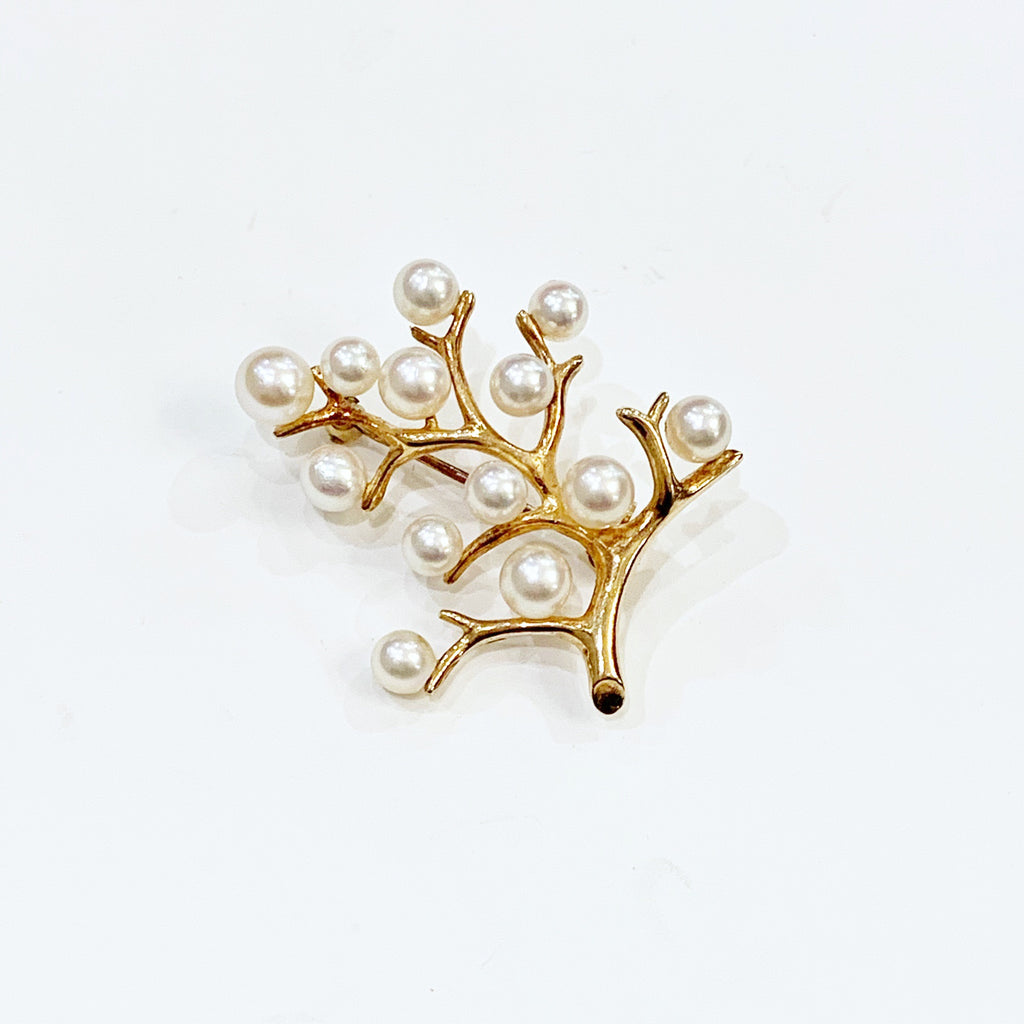 "Estate Collection Brooch -  ""Mikimoto"" Cultured Pearl"