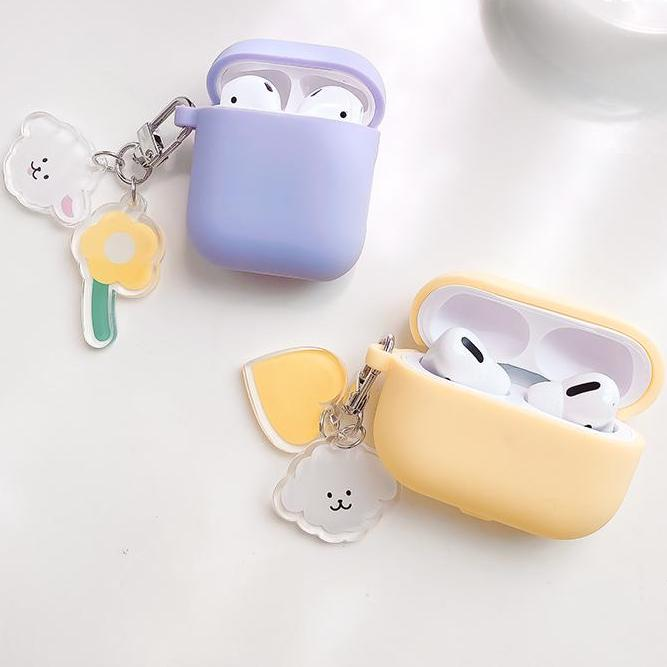 simple charm airpods case myl196