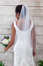 Load image into Gallery viewer, Crystal fingertip wedding veil, Faye