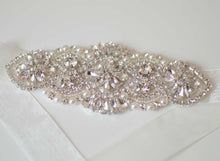 Load image into Gallery viewer, Silver crystal and pearl bridal belt