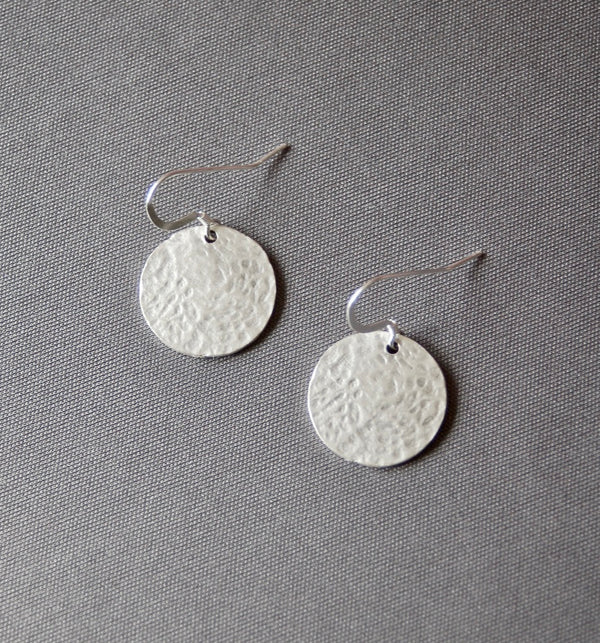 Round Frame Hammered Earrings