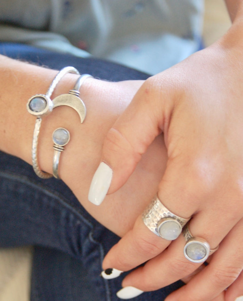 Full Moon Moonstone Ring