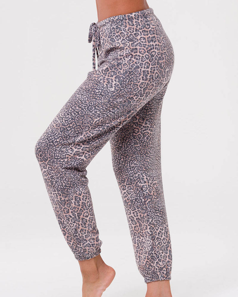 Onzie Weekend Sweatpant - Pounce