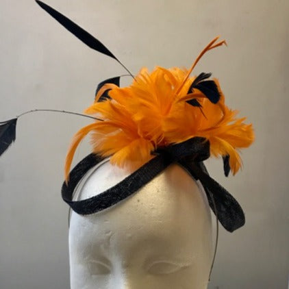 Small bow fascinator with feather flowers