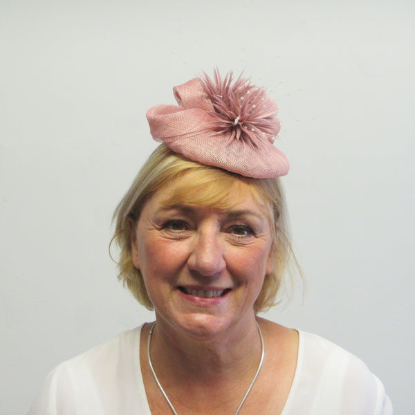 Smartie fascinator with spiky goose flowers and pearls
