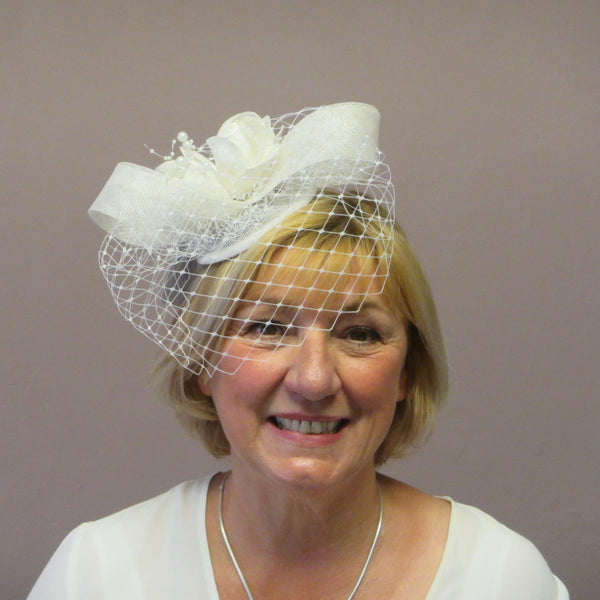 Roses and bow fascinator with netting