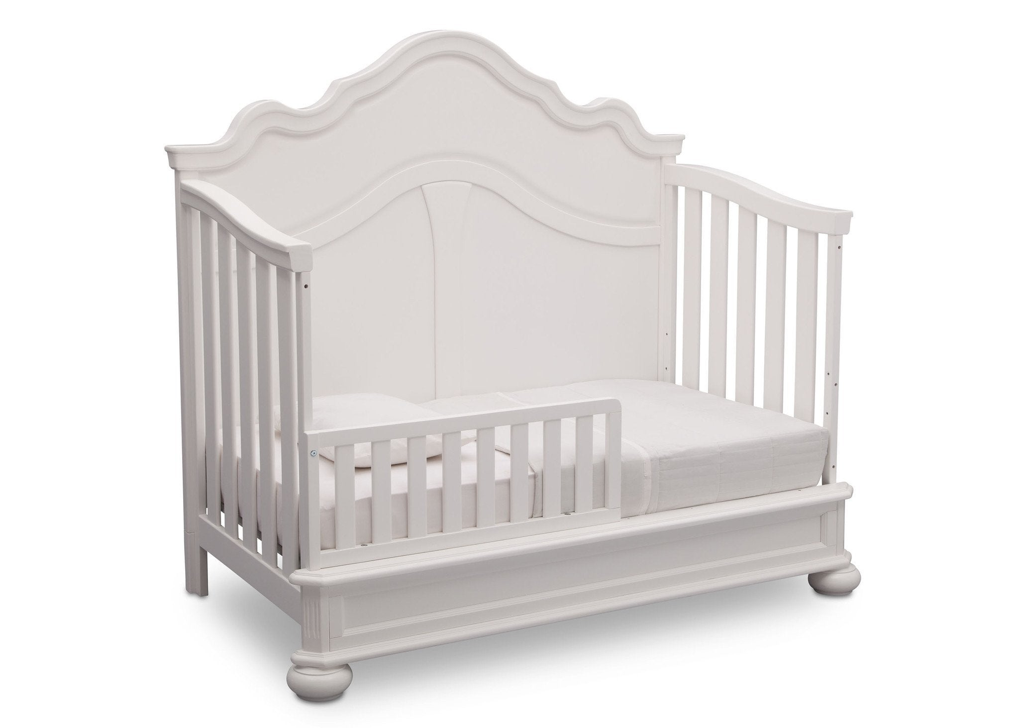 Simmons Kids Bianca (130) Peyton Crib n' more toddler bed conversion side view a4a