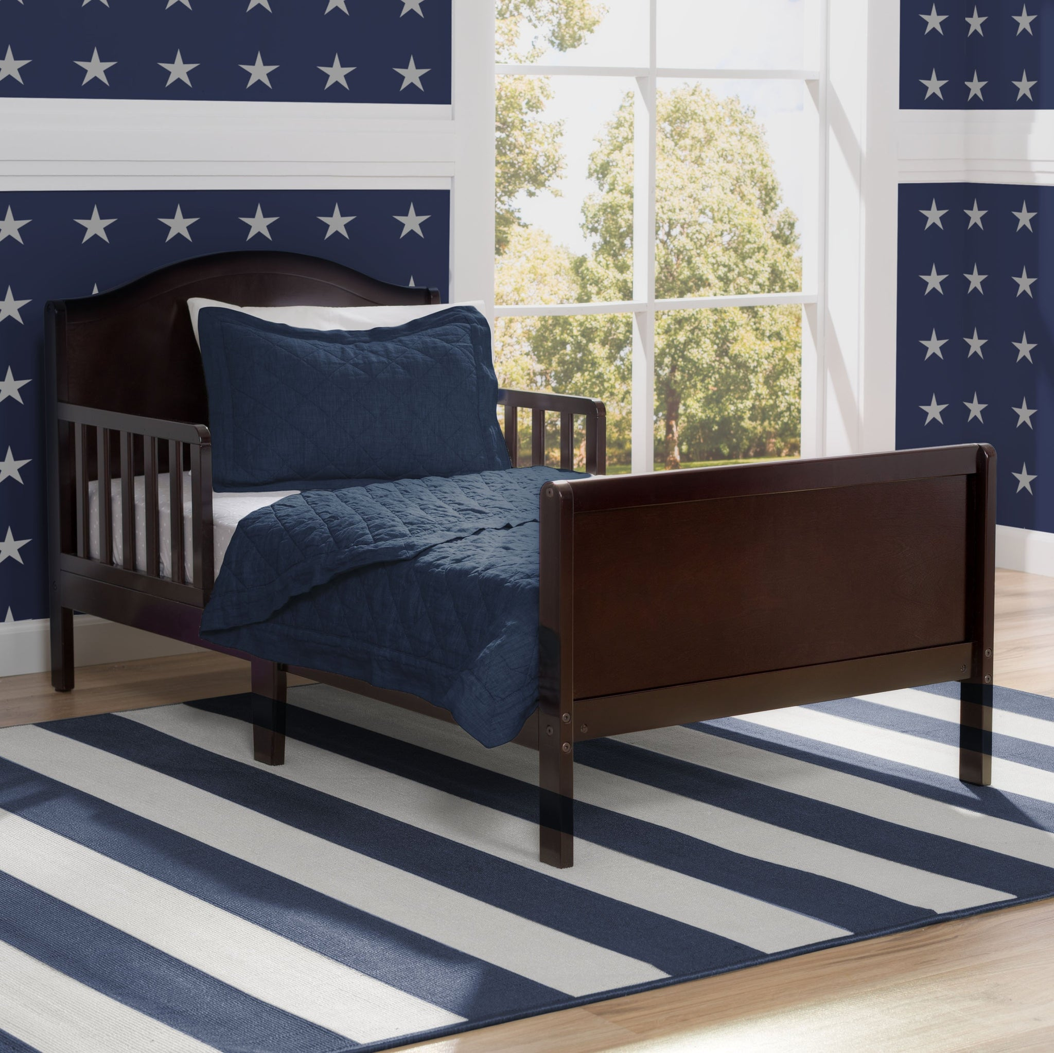 Bennett Toddler Bed