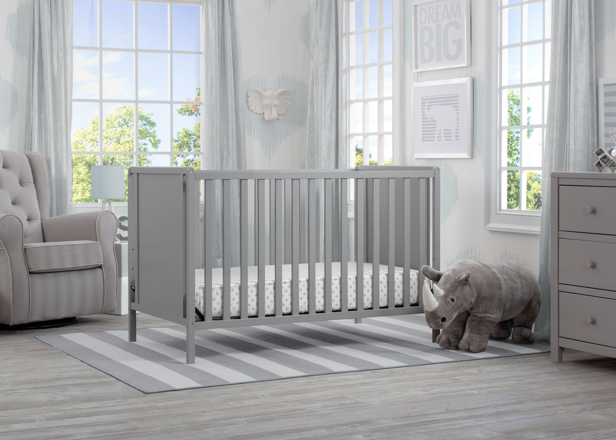 Delta Children Grey (026) Heartland Classic 4-in-1 Convertible Crib, Room, a1a