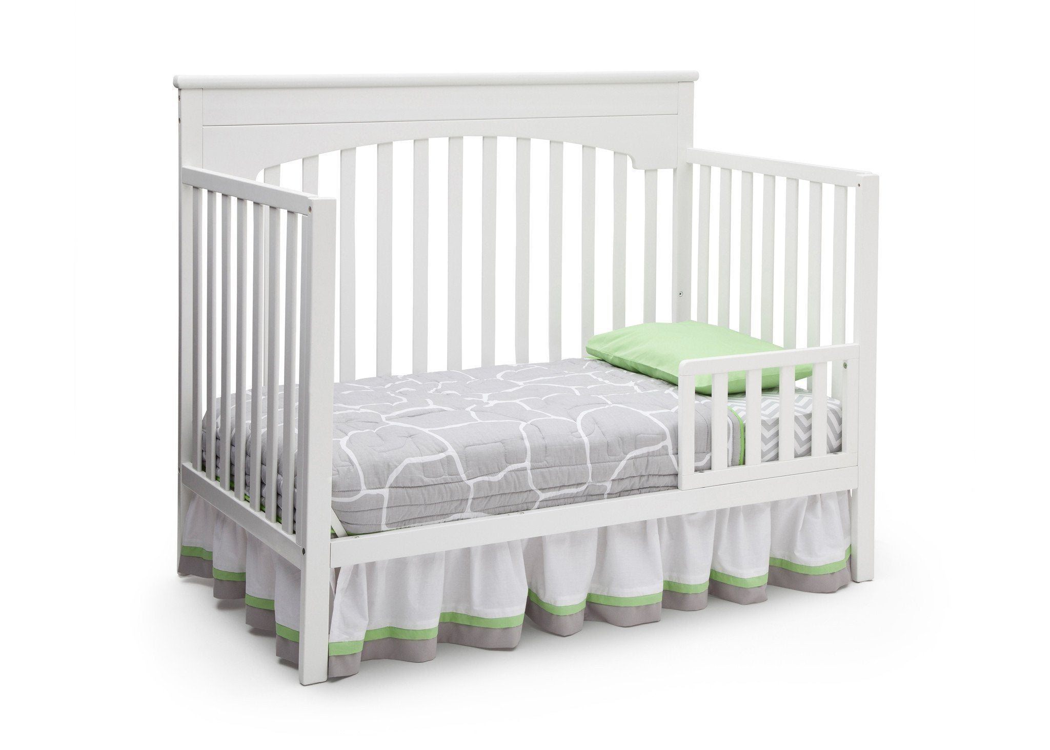 Delta Children White (100) Layla 4-in-1 Crib, Toddler Bed Conversion a4a