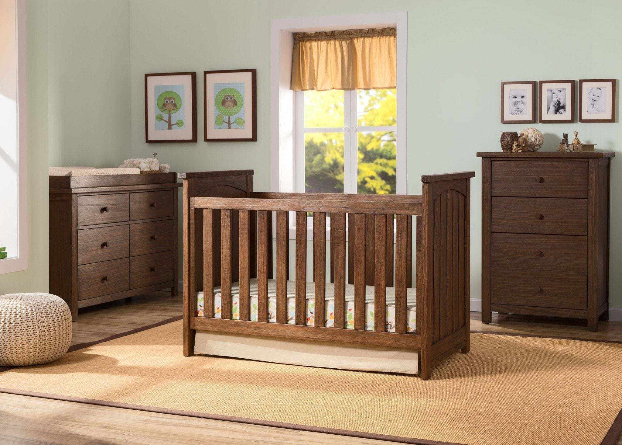 Serta Rustic Oak (229) Northbrook 3-in-1 Crib in Setting b0b