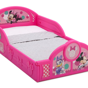 Delta Children Minnie Mouse Deluxe Toddler Bed with Attached Guardrails, Style-1 Right View a1a