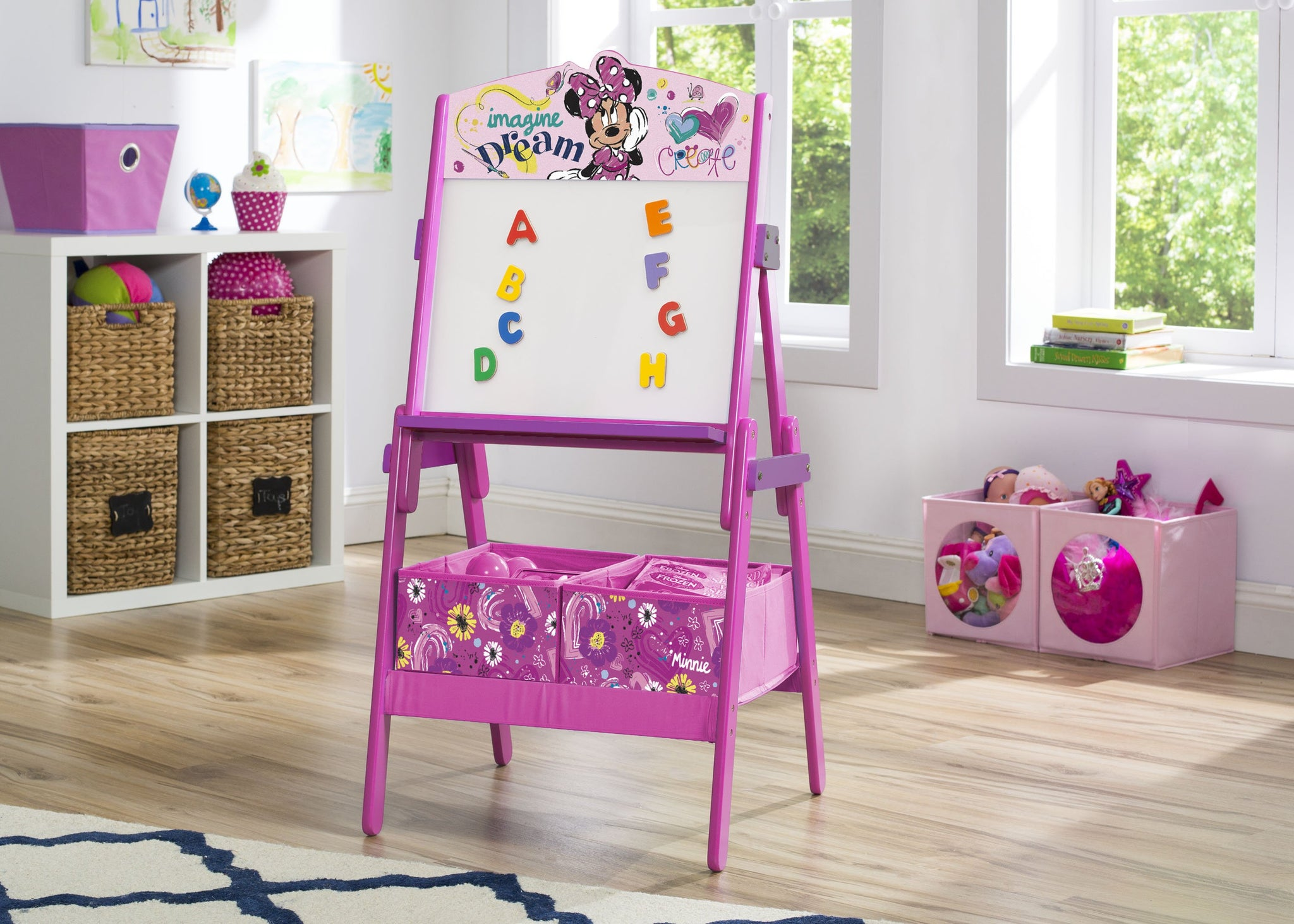 Minnie Mouse Wooden Activity Easel
