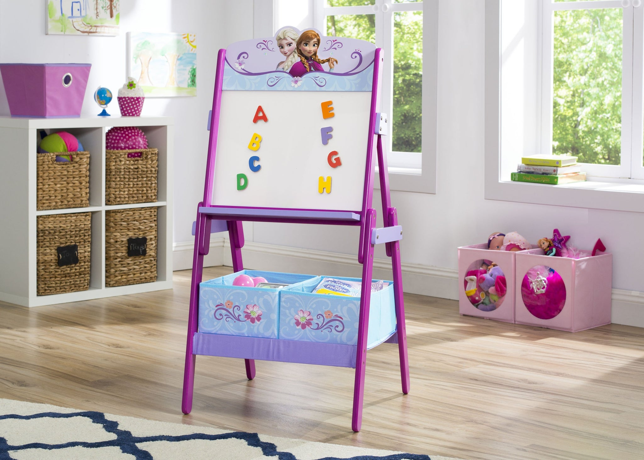 Frozen Wooden Activity Easel