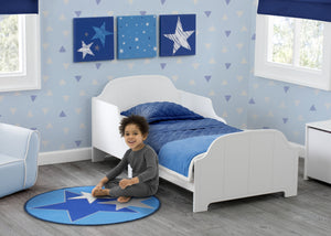 Delta Children Stars (3207) 3-Piece Canvas Wall Art Set for Boys, Room View