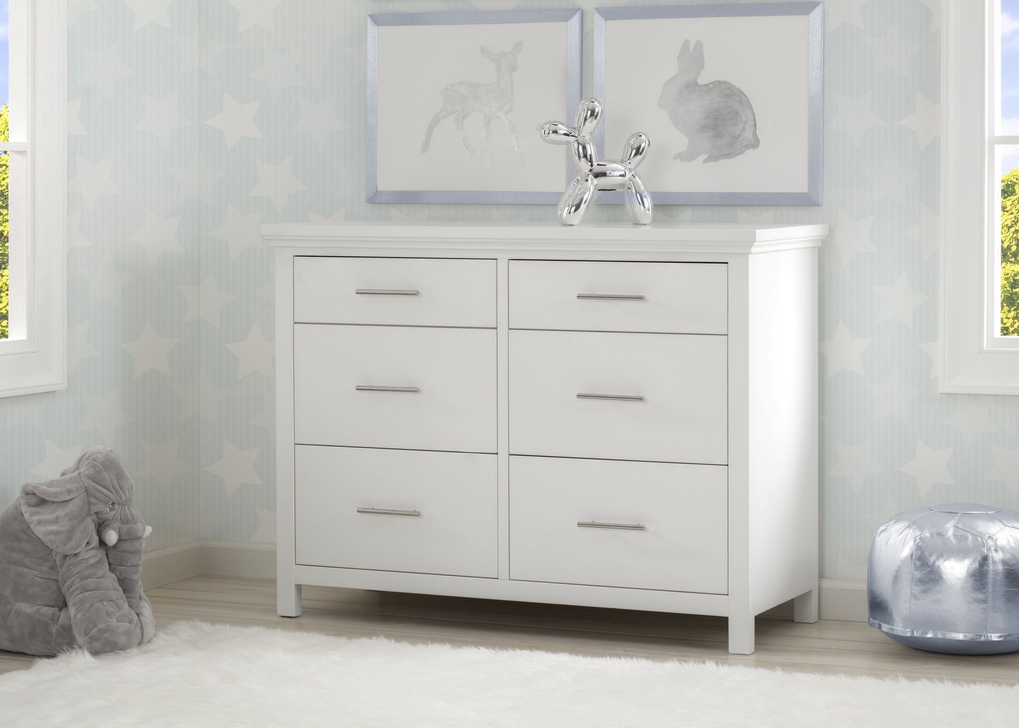 Simmons Kids Bianca White (130) Avery 6 Drawer Dresser with Changing Top, Room View