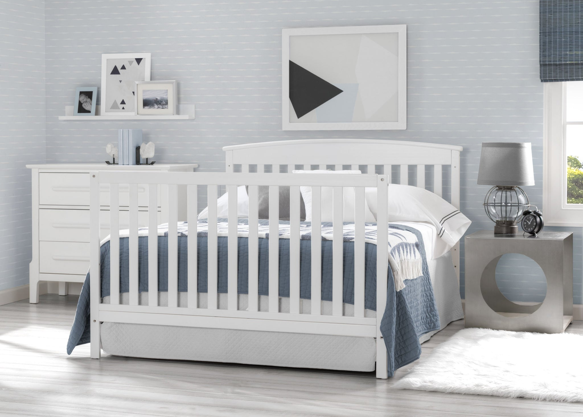 Delta Children Bianca White (130) Finley 4-in-1 Convertible Baby Crib Full Bed Roomshot a2a