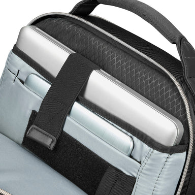 "Mochila Openroad Chic Laptop Backpack 14.1"" Negro 1.20 Lts"