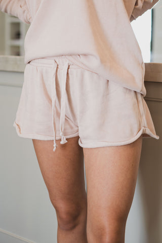 Stay Cozy Shorts in Pale Pink