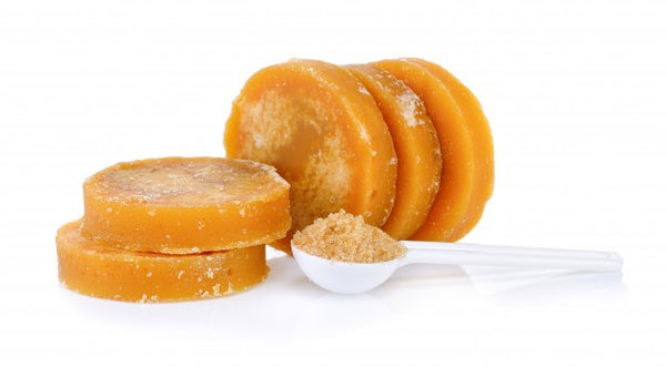 What Are The Differences Between Molasses And Sugar?