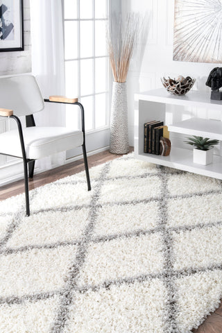White & Grey Office Rug w/ Crisscross Design (Multiple Sizes)