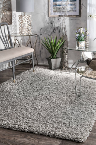 Comforting Office Rug in Silver Plush Shag