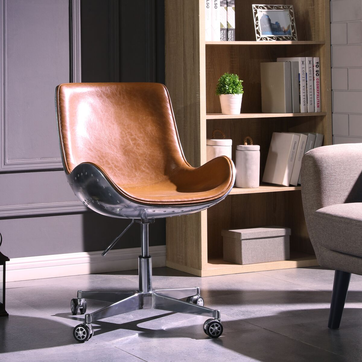 Stylish Java Brown Office Chair in Scoop Style