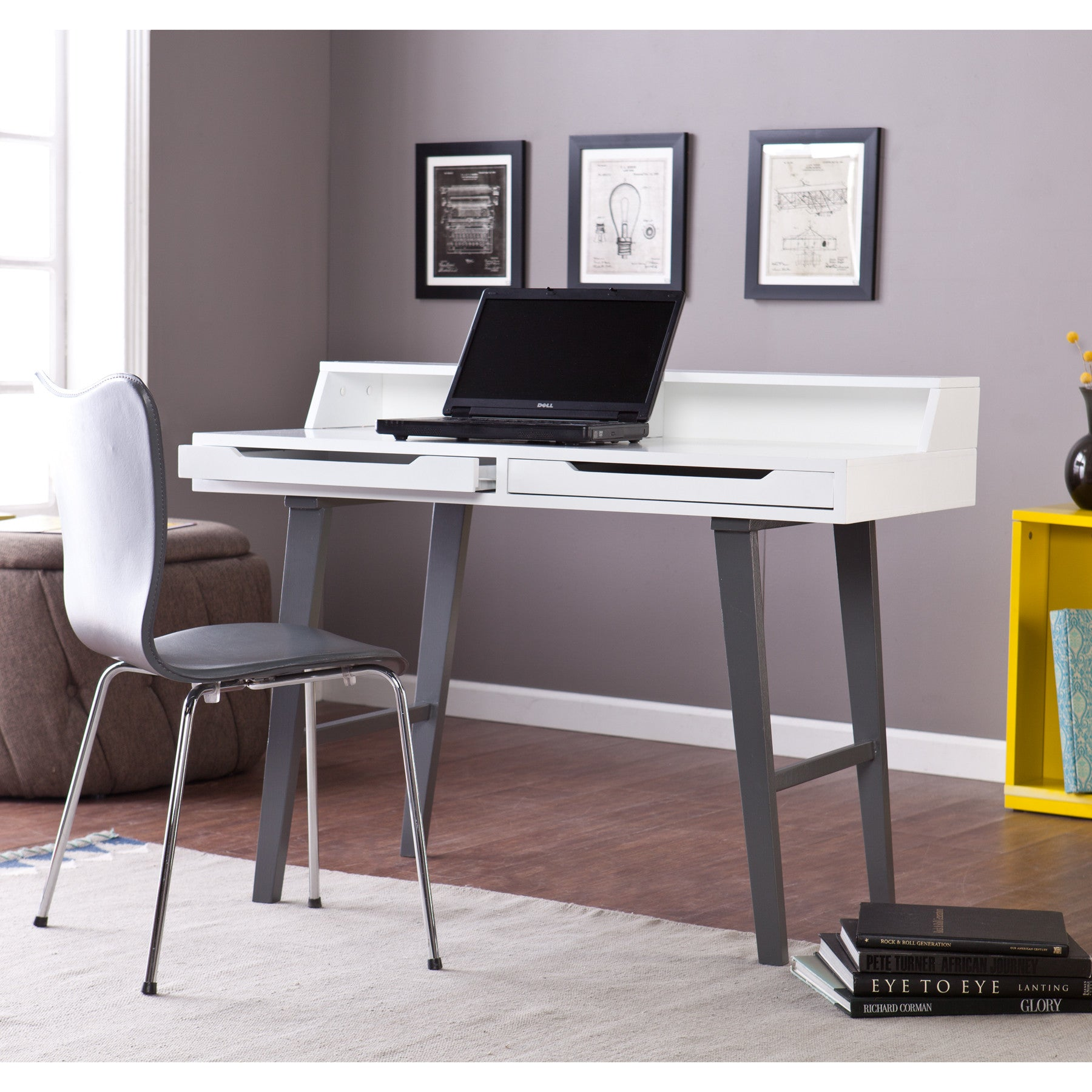 White Lacquer Office Desk with Two Drawers