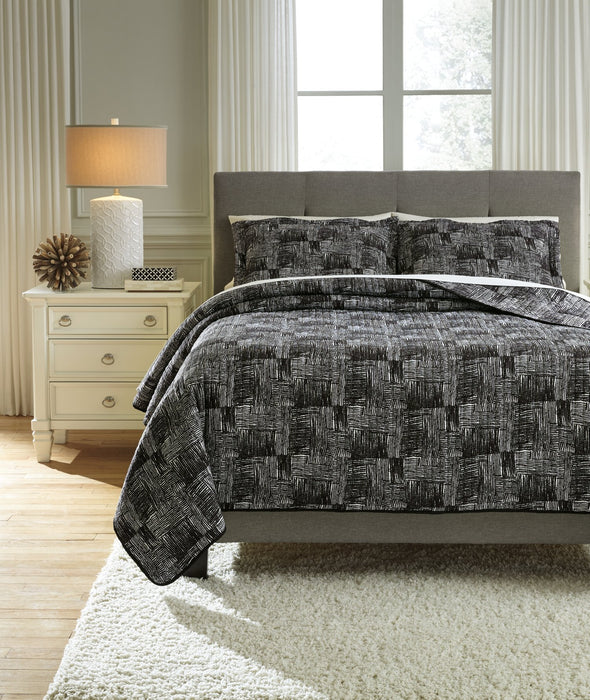 Jabesh Signature Design by Ashley Quilt Set Queen