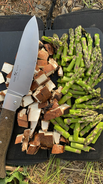 adventure chef knife with food