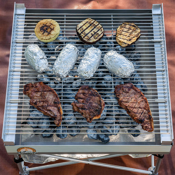 quad fold grate with food