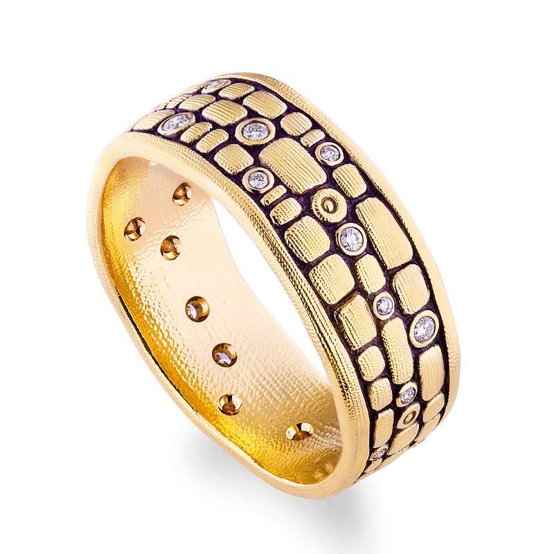 18 karat yellow gold and diamond Old Bridge band designed by Alex Sepkus featuring round brilliant diamonds 0.26ctw set in an 8.5mm band in a finger size 10.5.