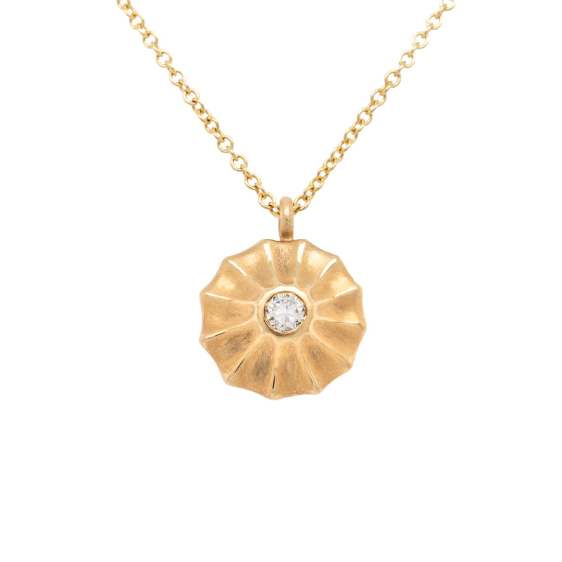 Diamond Necklace with Scalloped Halo in 18K Gold