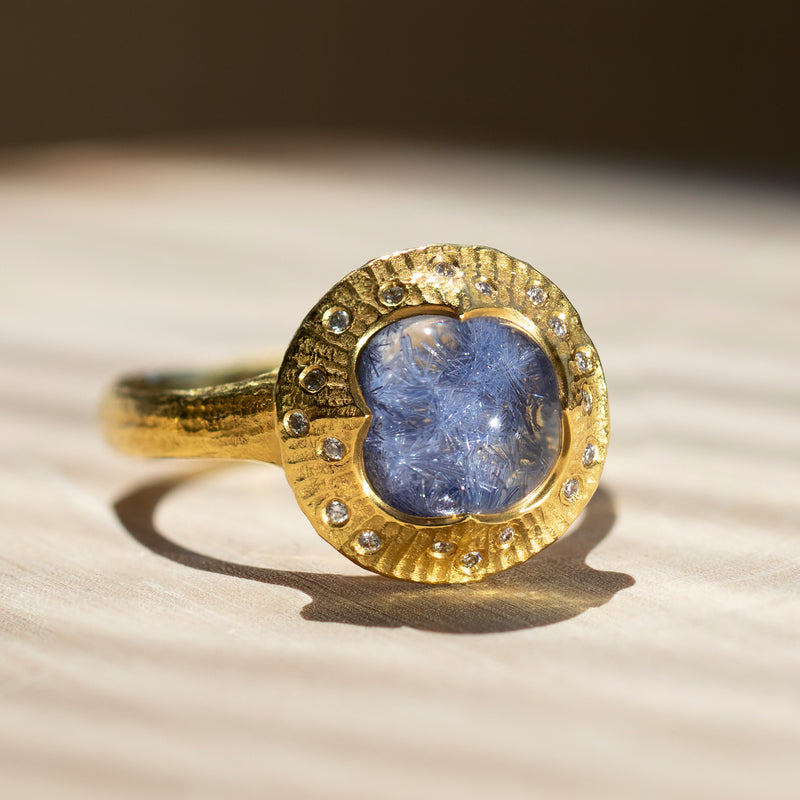 Dumortierite (4.12ct) Ring with Diamonds in 22K Gold