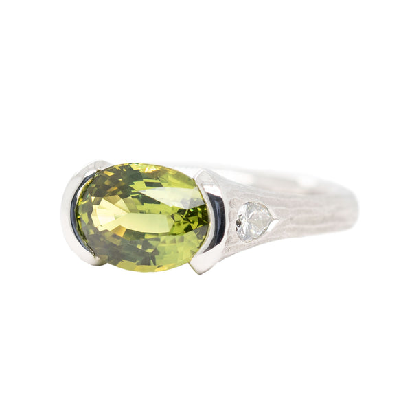 Yellow-Green Sapphire (3.37ct) Ring with Diamonds in Platinum
