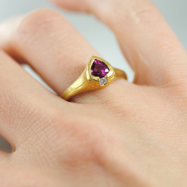Ruby Ring with Diamond Accent in 22K Gold