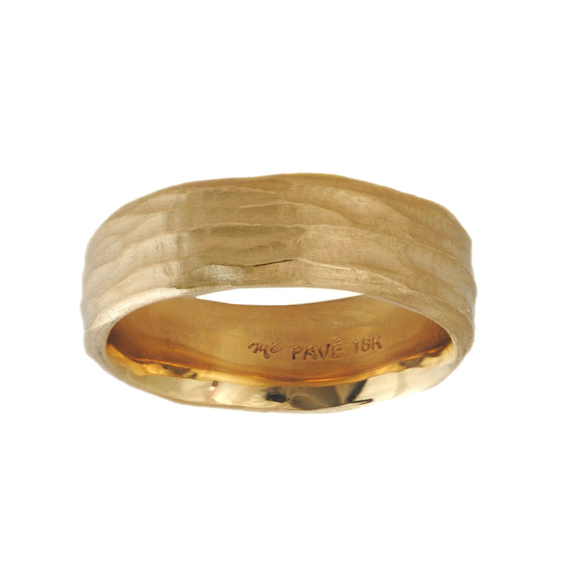 18 karat yellow gold band featuring a matte redwood bark texture, in a width of 7mm and a finger size 10.25