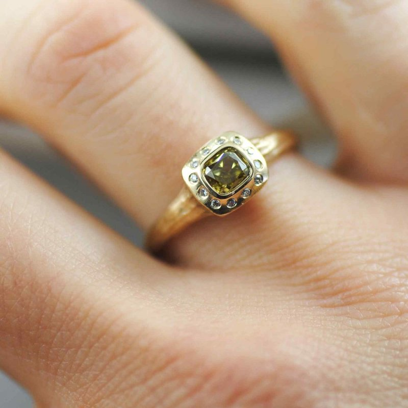 Colored Diamond (0.45ct) Ring with Flush Set Diamond Accents in 18K Gold