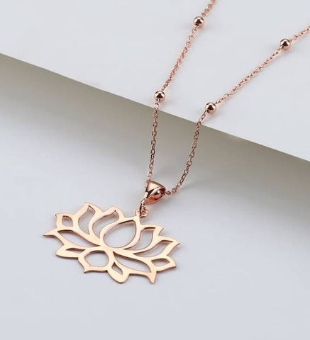 women's silver necklace