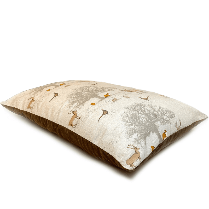Bestvenn Pillow Bed - Wildlife Print