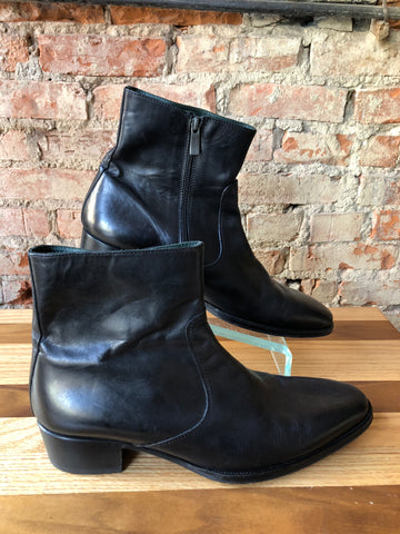 Kenneth Cole Shoe Boots