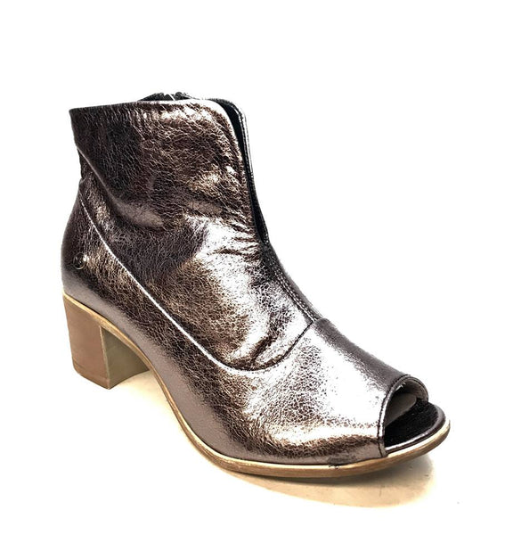 Maciejka Polish Chrome Open Toe Leather Heels - Dudes Boutique